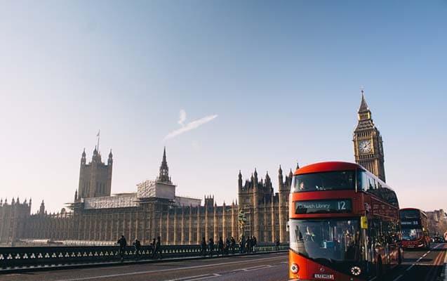 İngiltere'de Yaşam Koşulları ve Sosyal Hayat